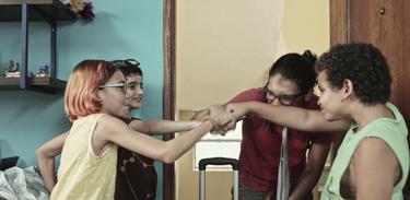 Samanta, Douglas, Neto e Lucas se divertem juntos