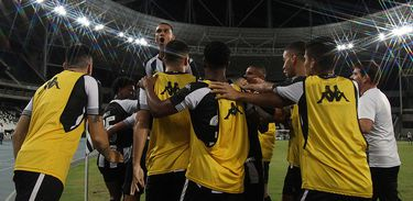 Botafogo 2 x 0 Coritiba