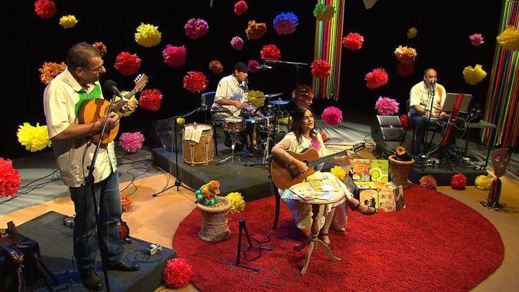 Bia Bedran apresenta espetáculo musical no Música Animada da TV Brasil