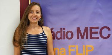 """Jornalista e fotógrafa Priscila Urpias lança projeto """"Ovelhas"""""""