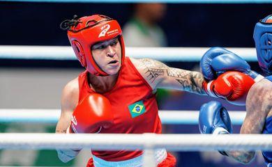 Bia Ferreira acaba derrotada pela chinesa Zichun Xu e é Vice-campeã do boxe (-60kg) nos 7º Jogos Mundiais Militares.
