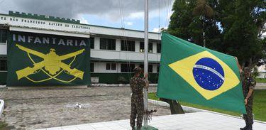 Homenagem ao Dia do Exército em Tabatinga