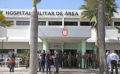 Brasília - Hospital Militar de Base de Área (HMAB), do Exército, para onde o presidente Michel Temer foi levado após sentir um desconforto e ser diagnosticado com obstrução urológica (Antonio Cruz/Agência Brasil)