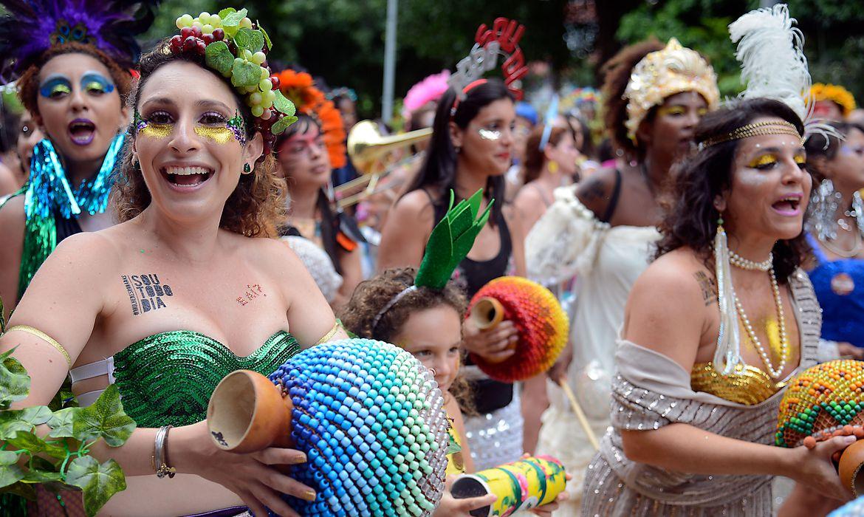 Rio de Janeiro - Bloco feminista Mulheres Rodadas desfila no Largo do Machado, zona sul do Rio(Tomaz Silva/Agência Brasil)