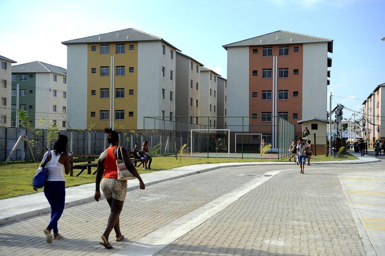Rio de Janeiro - Imóveis do programa Minha Casa Minha Vida nos condomínios Mikonos e Santorini, em Santa Cruz (Fernando Frazão/Agência Brasil)