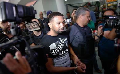 Rio de Janeiro - As forças de segurança do Rio prenderam na favela do Arará, zona portuária, um dos traficantes de drogas mais procurados da cidade, Rogério Avelino de Souza, o Rogério 157 (Tânia Rego/Agencia Brasil)
