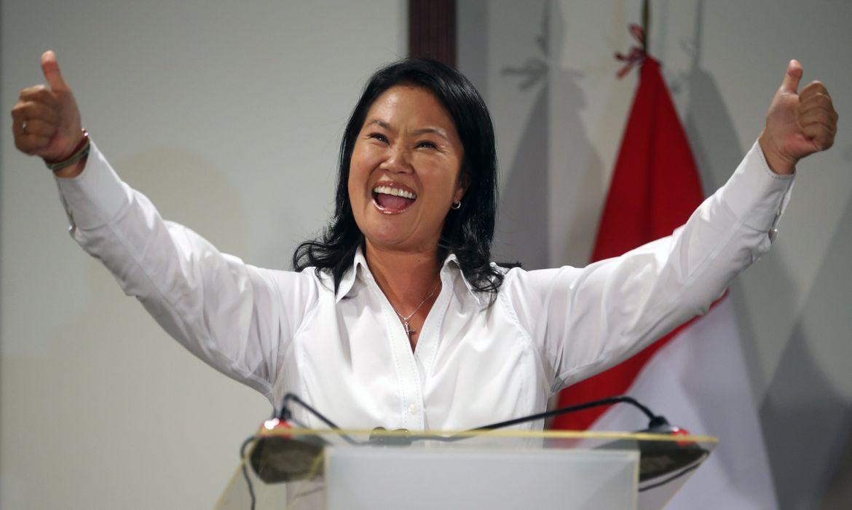 A filha do ex-presidente Alberto Fujimori, Keiko Fujimori, lidera a disputa das eleições presidenciais do Peru (Agência Lusa/Direitos Reservados)