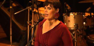"""Mariana Baltar é uma das quatro cantoras do projeto """"Cantos, cores"""""""