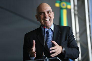 Brasília - O ministro da Justica, Alexandre Moraes e a secretária Especial de Direitos Humanos, Flávia Piovesan entregam o Prêmio Direitos Humanos 2016 (Fabio Rodrigues Pozzebom/Agência Brasil)