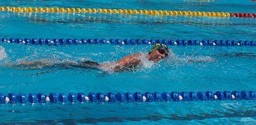 Natação, piscina, esporte