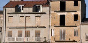 A cidade das casas vazias: Riesi, Itália