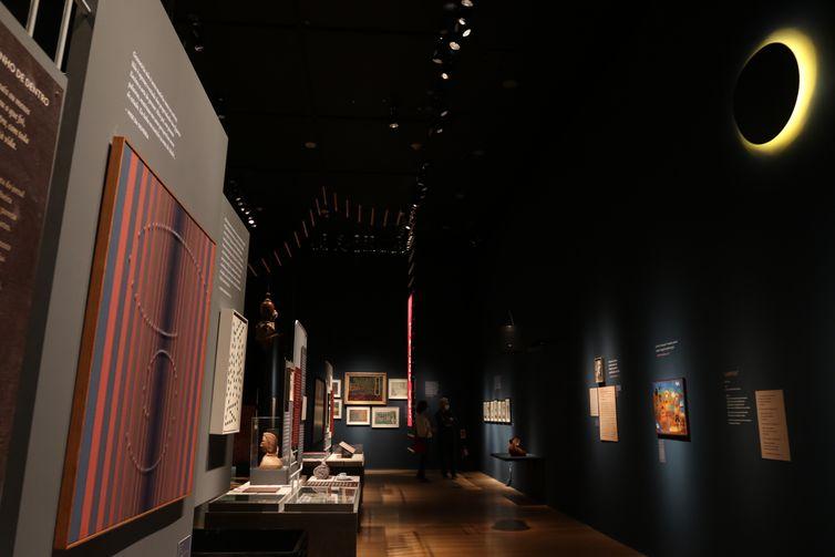 A exposição NISE DA SILVEIRA – A REVOLUÇÃO PELO AFETO, no Centro Cultural Banco do Brasil (CCBB), na região central do Rio de Janeiro, reuni cerca de 90 obras de clientes do Museu de Imagens do Inconsciente