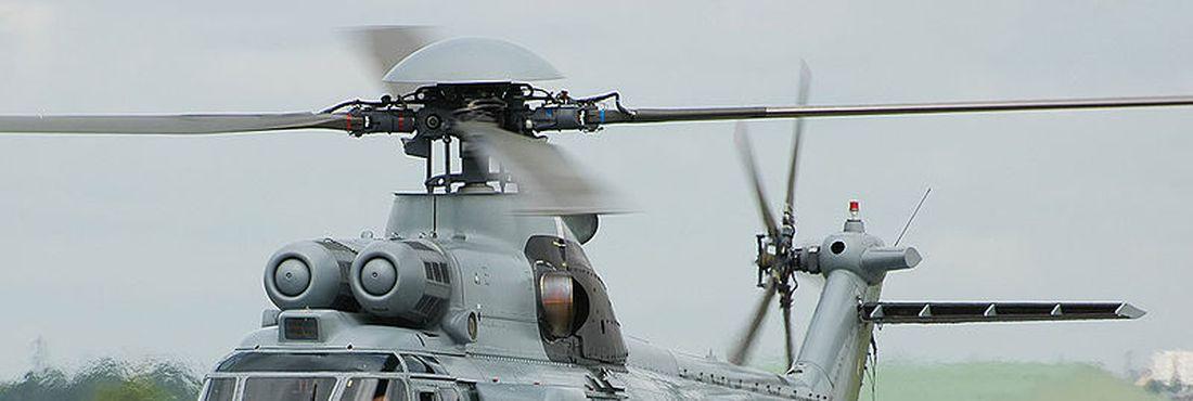 Modelo de helicóptero Super Puma