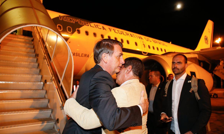 Presidente da República, Jair Bolsonaro, embarca para Davos, Suiça.