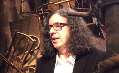 Poeta e compositor Geraldo Carneiro é eleito para a Academia Brasileira de Letras