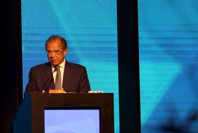 """Ministro da Economia Paulo Guedes, participa do painel  """"Brasil em Pleno Crescimento"""", no V Fórum Nacional do Comércio."""