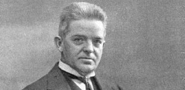 Carl Nielsen, compositor dinamarquês, em 1917