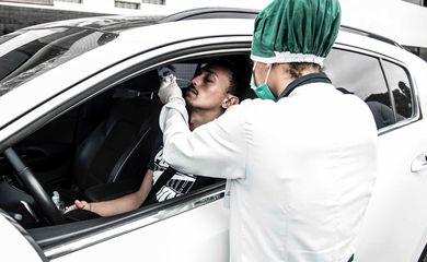 Jogadores do Santos são testados para detecção da covid-19