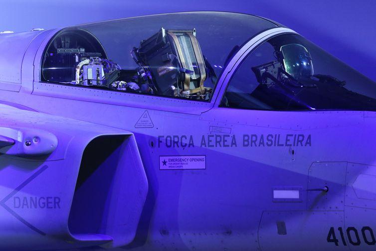 Workshop F-39 Gripen, na Ala 1 da Base Aérea de Brasília. O Comando da Aeronáutica fez uma exposição sobre os detalhes técnicos e as possibilidades dos novos F-39E Gripen recebidos da Suécia.