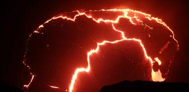 O primeiro episódio de Terra, o poder do planeta mostra a potência dos vulcões