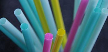 Canudinhos coloridos