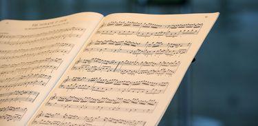 Partitura, notas musicais, música