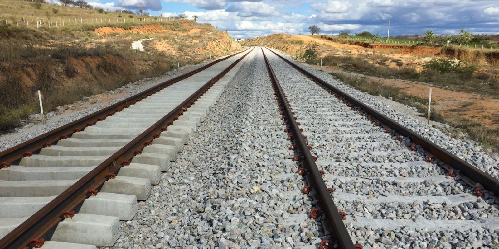 Trecho 1 da Ferrovia de Integração Oeste-Leste (FIOL)