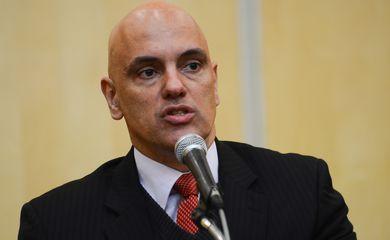 São Paulo - O ministro da Justiça e Cidadania, Alexandre Moraes, participa de audiência para discutir combate à violência contra a mulher, no Ministério Público de São Paulo (Rovena Rosa/Agência Brasil)