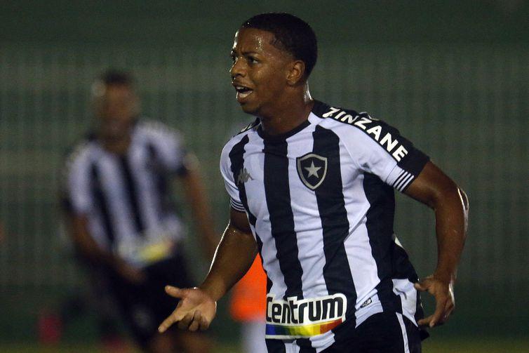 Botafogo vencer Nova Iguaçu pelo Campeonato Carioca, em 28/03/2021