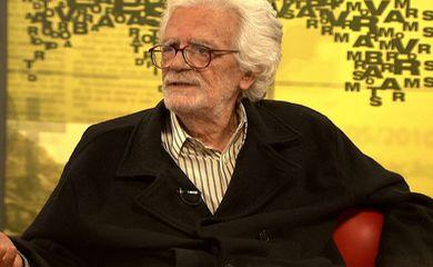 Rio de Janeiro - O cineasta Eduardo Coutinho, de 81 anos, foi encontrado morto neste domingo (2), dentro de casa, no bairro da Lagoa, na zona sul da cidade. A Divisão de Homicídios da Polícia Civil investiga o caso. (Divulgação)