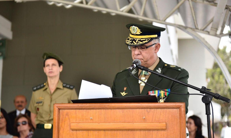 O general Carlos Augusto Fecury Sydrião Ferreira, 53