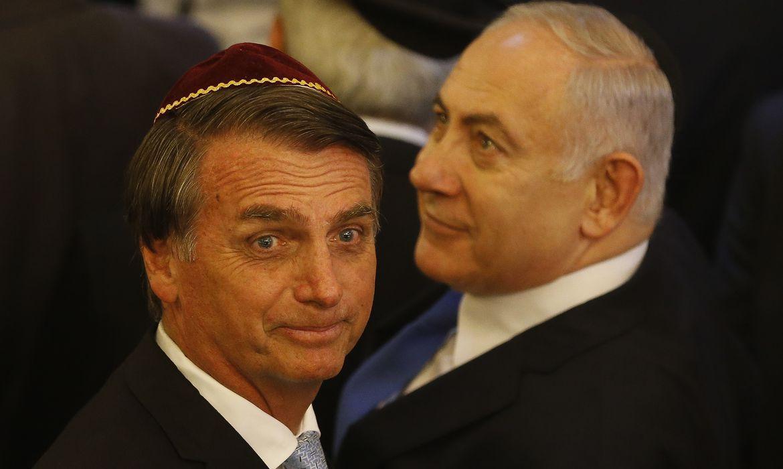 O presidente eleito, Jair Bolsonaro, e o primeiro-ministro de Israel, Benjamin Netanyahu, visitam a  sinagoga Kehilat Yaacov, em Copacabana, no Rio de Janeiro