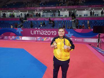 Débora Menezes estreia nos Jogos Paralímpicos com esperança de medalha no taekwondo.