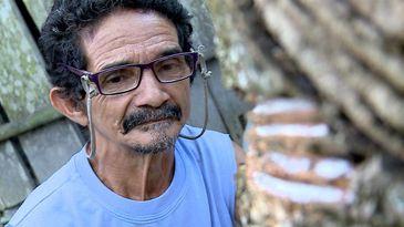 Seu Reginho vive na comunidade de Boa Saúde, na Reserva Extrativista do Riozinho do Anfrísio