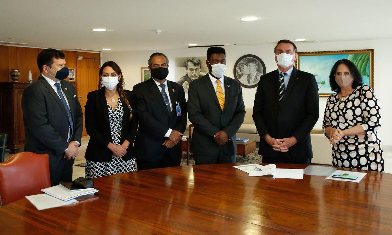 (Brasília - DF, 12/05/2021) Reunião com a Ministra dos Direitos Humanos, Damares Alves. Foto: Anderson Riedel/PR