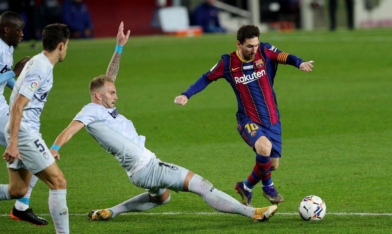 La Liga Santander - FC Barcelona v Valencia´-Messi iguala marca de 634 gols do Rei Pelé, em 19/12/2020