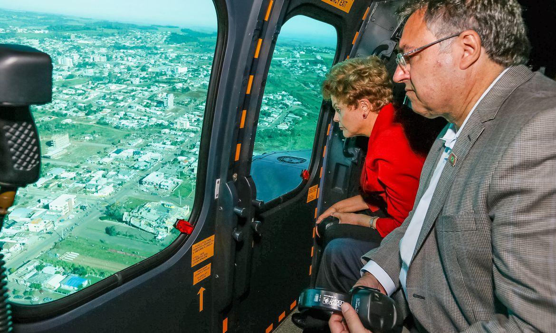 Xanxerê - SC, 27/04/2015. Presidenta Dilma Rousseff durante visita às áreas atingidas por tornado. Foto: Roberto Stuckert Filho/PR