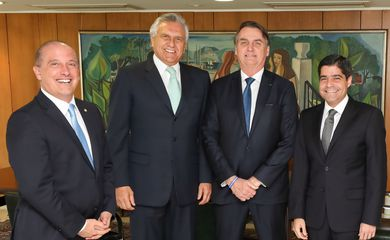 O governador de Goiás, Ronaldo Caiado, o ministro da Casa Civil, Onyx Lorenzoni, o presidente Jair Bolsonaro, e o prefeito de Salvador e presidente nacional do DEM, ACM Neto, em encontro para debater a reforma da Previdência.