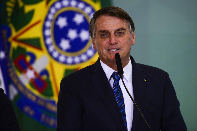 O presidente Jair Bolsonaro participa do lançamento da Agenda Prefeito + Brasil, no Palácio do Planalto.