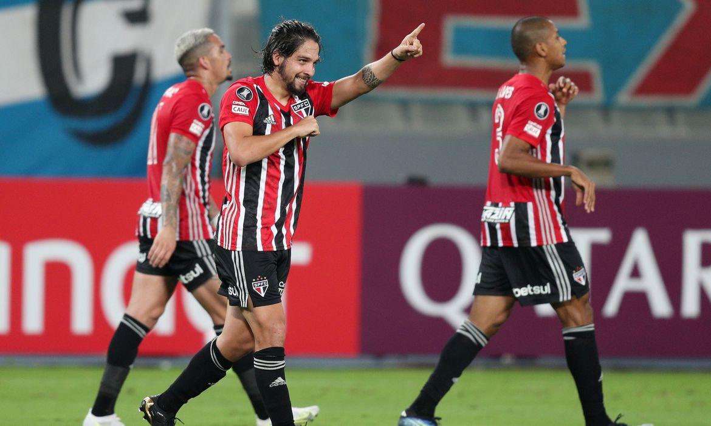 Copa Libertadores - Group E - Sporting Cristal v Sao Paulo