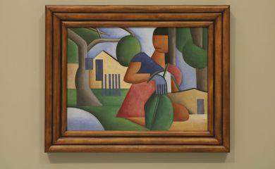 Obra 'A caipirinha', de Tarsila do Amaral, é exposta na galeria Bolsa de Arte antes de ser leiloada por decisão judicial.