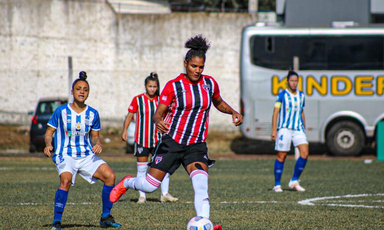 São Paulo busca empate no fim com Avaí/Kindermann