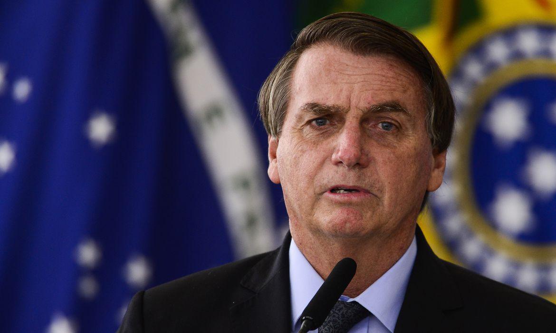 O presidente Jair Bolsonaro durante cerimônia para o  anúncio de investimentos para o Programa Águas Brasileiras.