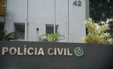 Fachada da Secretaria de Estado da Polícia Civil, no centro do Rio de Janeiro
