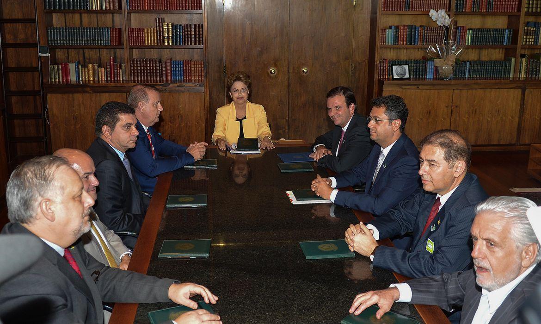 Brasília - A Presidenta da República, Dilma Rousseff reúne-se com prefeitos (Wilson Dias/Agência Brasil)