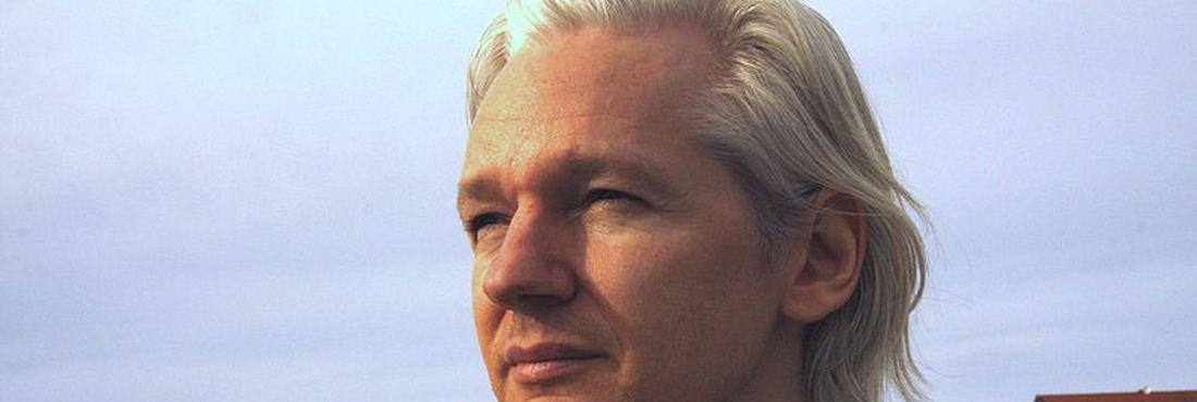 Polícia britânica diz que criador do Wikileaks poderá ser preso