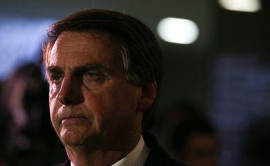 Brasília - Deputado Jair Bolsonaro fala com a imprensa sobre ter virado réu no STF pela declaração de que