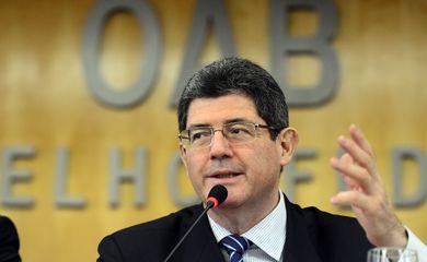 Brasília – O Ministro da Fazenda, Joaquim Levy, participa do III Fórum Nacional de Direito e Infraestrutura na OAB Nacional. (Antônio Cruz/ Agência Brasil)