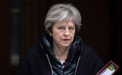 Primeira-ministra britânica Theresa May se dirige à Câmara dos Comuns para se pronunciar sobre morte de ex-espião russo