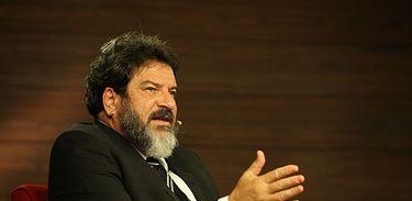 As grandes conquistas do ser humano se deram pela cooperação, filosofa Mario Sergio Cortella